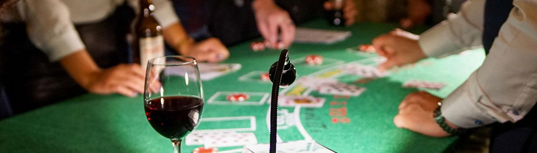 Casinokväll är en aktivitet där vi tar Las Vegas till er