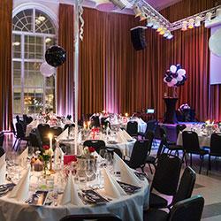 Aktivitet och middag på Bryggarsalen i Stockholm