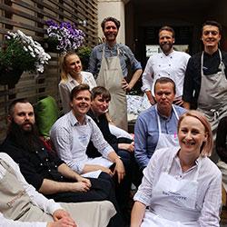 Aktivitet och middag på W by Wijnjas i Stockholm